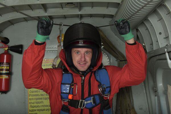 Парашютист-пожарный Читинского авиаотделения ПДПС ФБУ Авиалесоохрана Евгений Макаров уверен в своих товарищах по отряду