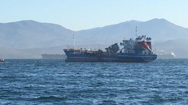 Танкер Залив Америка, на котором взорвался газ