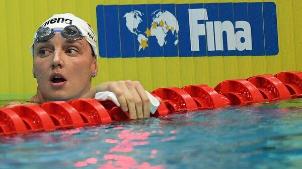 Катинка Хошсу (Венгрия) на соревнованиях по плаванию на дистанции 400 м комплексом среди женщин на VI этапе Кубка мира по плаванию в Казани.