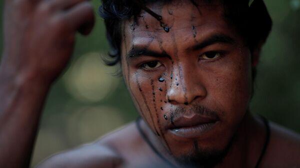 Паулу Паулинья Гуахахара, коренной индеец, занимавшийся сохранением амазонских лесов, убитый незаконными лесозаготовителями