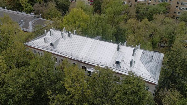 Вид на жилой дом на улице Спиридоновка