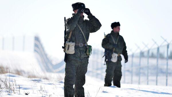 Военнослужащие пограничного управления ФСБ России