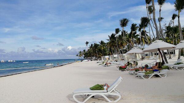 Доминикана. На пляже отеля Melia Punta Cana Beach Resort