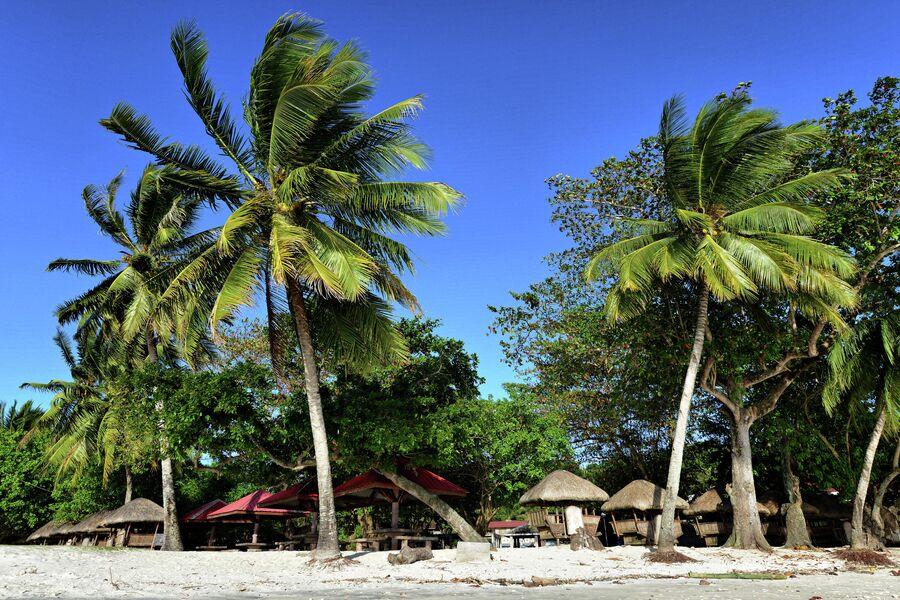 Пляж на острове Самал, Филиппины