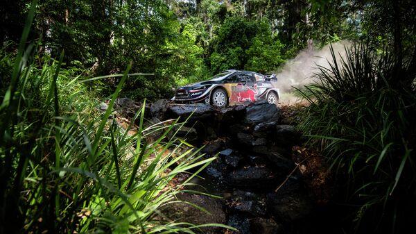Французский автогонщик Себастьен Ожье на ралли Kennards Hire в Австралии