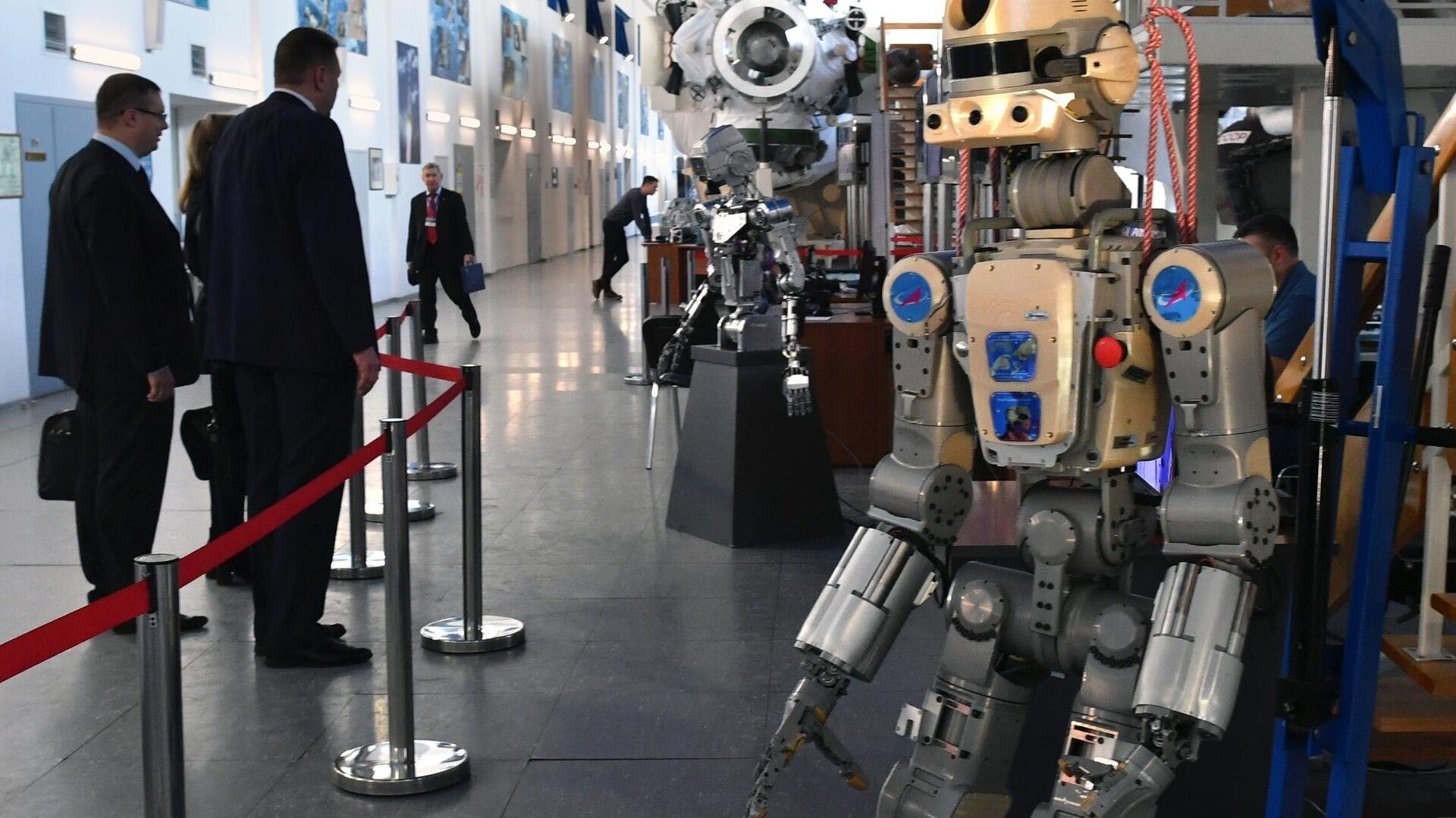 Антропоморфный робот SKYBOT F-850 Фёдор, представленный на конференции Пилотируемые полёты в космос в  Центре подготовки космонавтов - РИА Новости, 1920, 12.04.2021