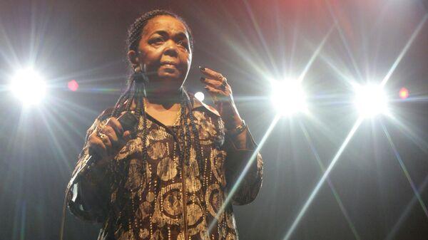 Певица из Кабо-Верде Сезария Эвора