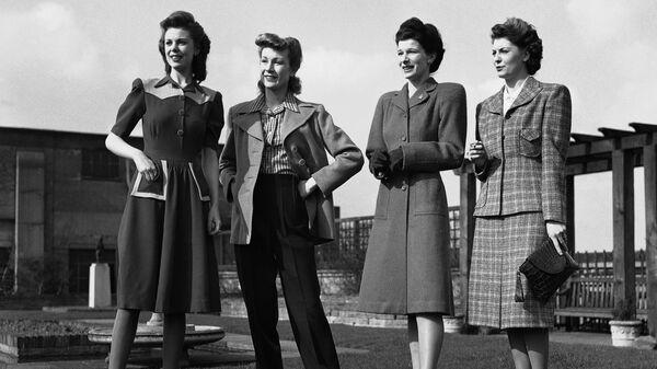 Коллекция дизайнера Нормана Хартнелла, Лондон 9 марта 1943 года
