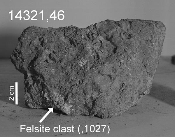 Образец породы, привезенный с Луны астронавтами миссии Apollo 14 (Большая Берта)