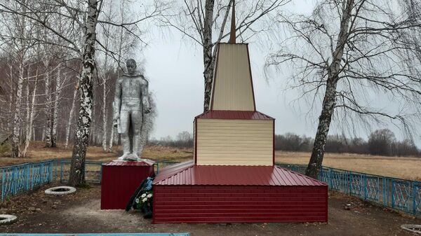 Памятник героям Великой Отечественной войны в селе Спасские Мурзы