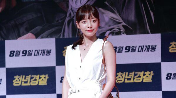Южнокорейская певица и актриса Гу Хара