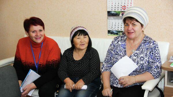 Серебряные волонтеры на собрании в поликлинике