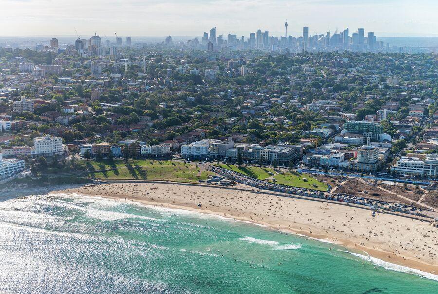 Пляж Бонди-бич в Сиднее, Австралия