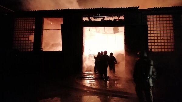 Пожар на складе в Брянске