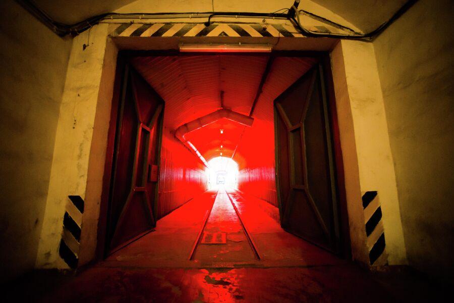 В коридорах военных объектов 825 ГТС и 820РТБ, Балаклава