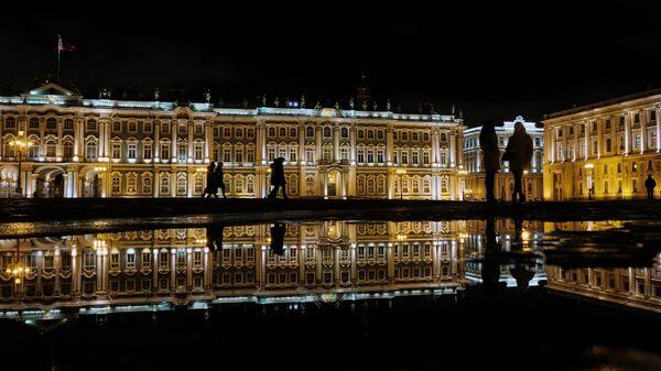 Государственный Эрмитаж (Зимний дворец) в Санкт-Петербурге