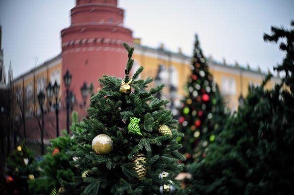 Новогодние украшения Москвы