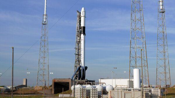 Ракета Falcon 9 на военно-воздушной станции мыса Канаверал