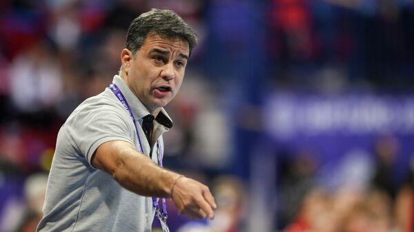 Главный тренер женской гандбольной национальной команды Амброс Мартин