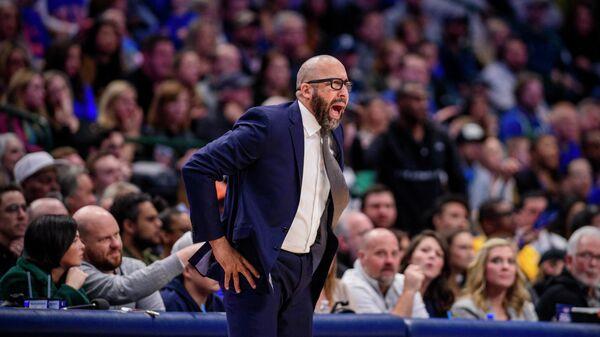 Тренер баскетбольной команды НБА Нью-Йорк Никс Дэвид Фитцдейл