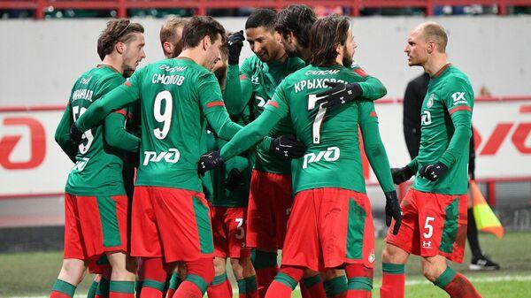 Игроки Локомотива