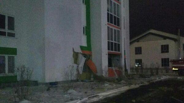 На месте взрыва газа в жилом доме в Тюмени