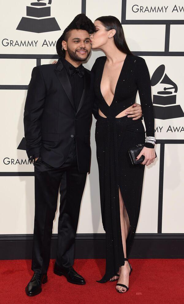 The Weeknd и Белла Хадид на ежегодной премии Grammy music Awards в Лос-Анджелесе