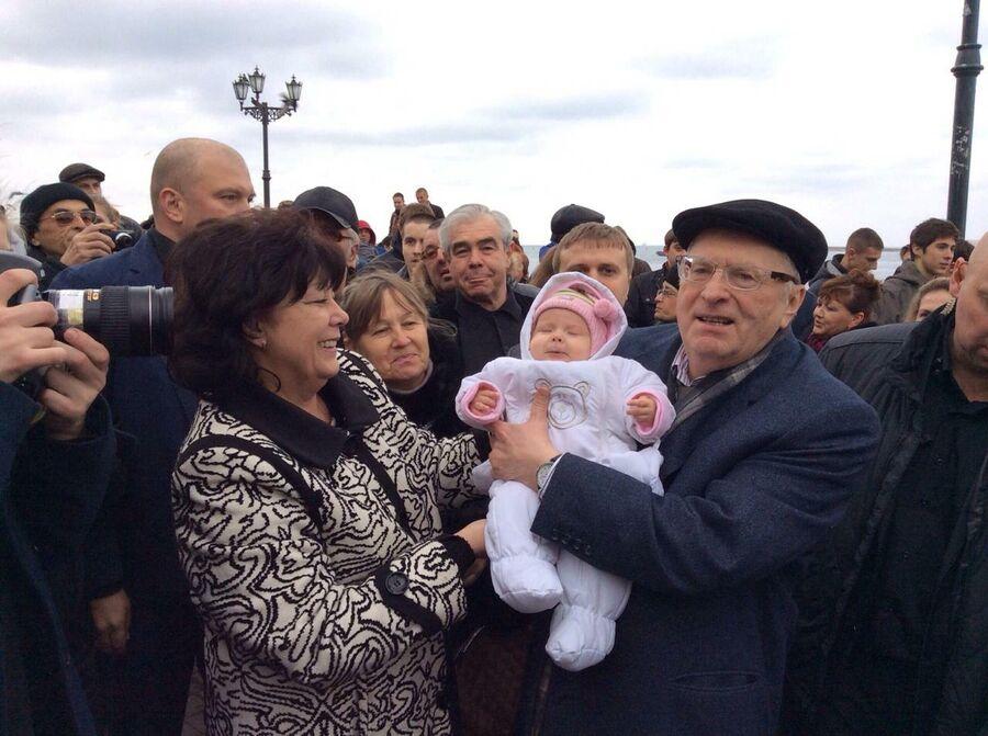 Девочка из Севастополя, которой отказывают в гражданстве