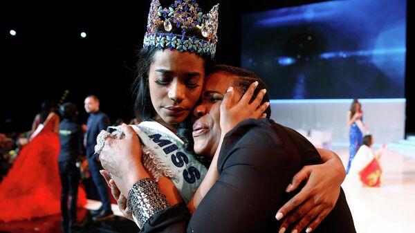 Победительница конкурса Мисс мира - 2019 Тони-Энн Сингх (Ямайка)