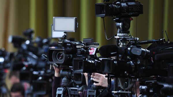 Камеры журналистов