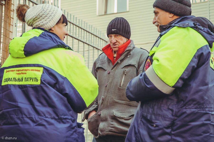 Работа социального патруля на улицах города