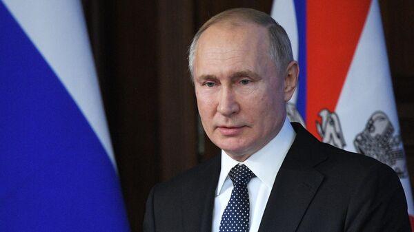 Путин заявил, что гиперзвуковое оружие есть только у России