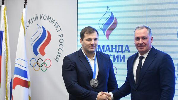 Станислав Поздняков (справа) и Сергей Семенов
