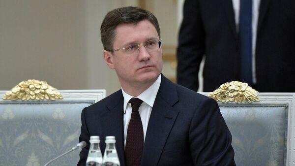 Новак объяснил необходимость запрета на ввоз дешевого бензина в Россию