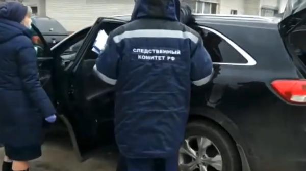 Видео СК с места покушения на главу района под Воронежем