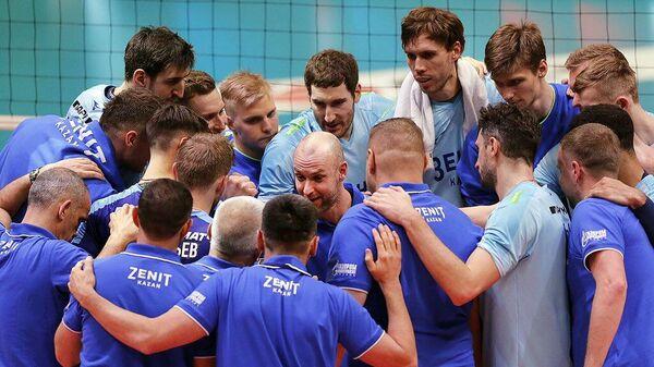 Волейболисты казанского Зенита празднуют выход команды в финал Кубка России