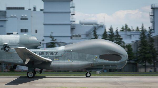 Американский стратегический разведывательный беспилотник Global Hawk