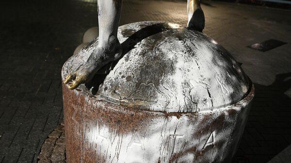 Памятник шведскому нападающему Златану Ибрагимовичу в Мальме