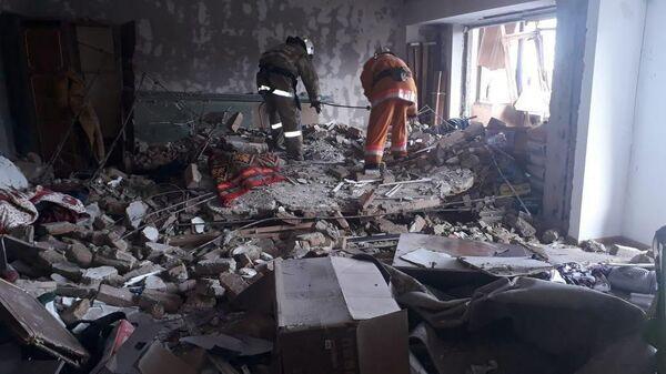 На месте взрыва газовоздушной смеси в городе Каскелен, Казахстан