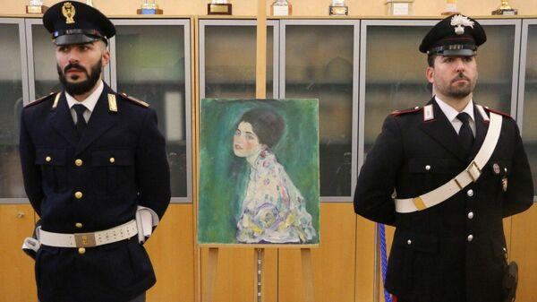 Найденная картина австрийского художника Густава Климта Портрет женщины