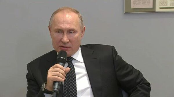 Президент о прошлогодней резолюции Европарламента: То ли читать не умеют, то ли писать...