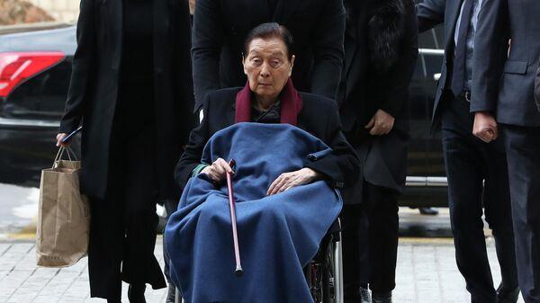 Основатель группы компаний Lotte Син Гек Хо