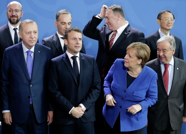 Канцлер Германии Ангела Меркель перед началом конференции по Ливии в Берлине