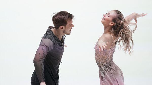 Виктория Синицина и Никита Кацалапов (Россия) выступают с произвольной программой в танцах на льду на чемпионате Европы по фигурному катанию.