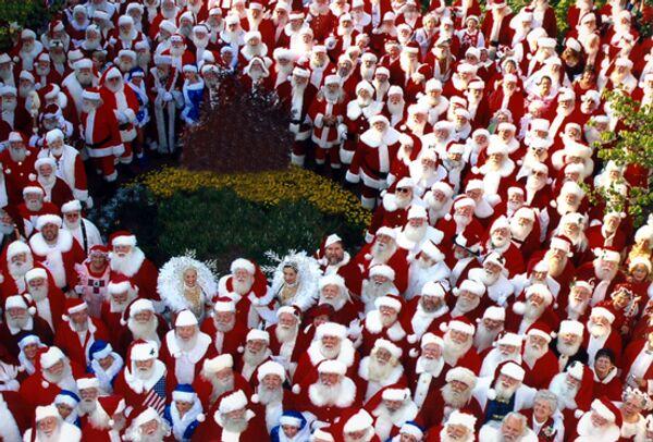 Парад  Санта-Клаусов