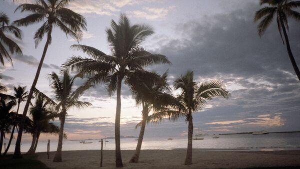 Песчаный пляж. Фиджи. Архивное фото