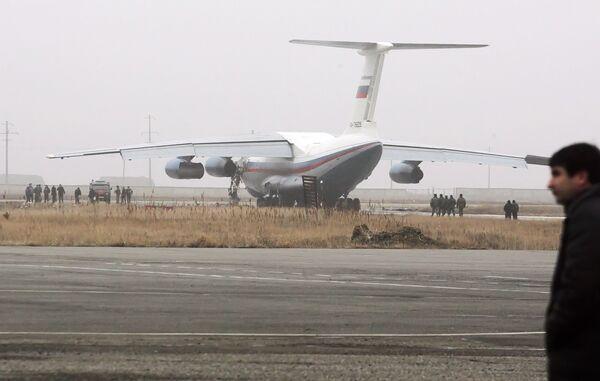 Самолет Ил–76 после столкновения в аэропорту «Уйташ» (Махачкала)