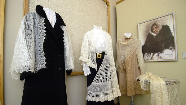 Выставка «Оренбургский платок». Архив