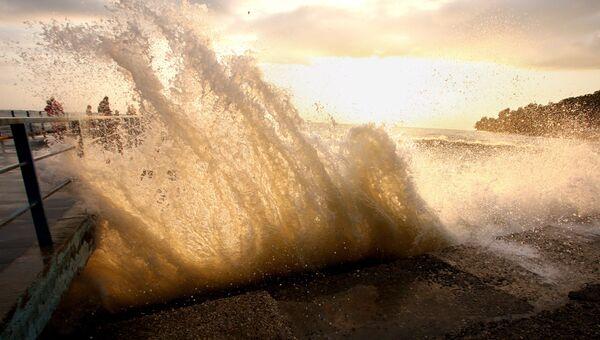 На юге КНР объявлен желтый уровень тревоги из-за шторма Кетсана