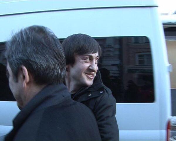 Первые слова оправданных по делу Политковской на выходе из суда